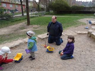 Bauarbeiten auf dem Spielplatz